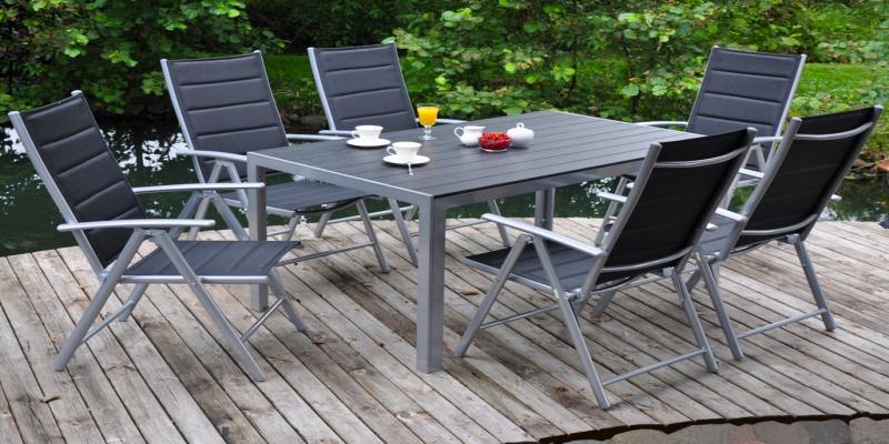 81c765b665a93 Záhradný nábytok z plastu je OUT | Chic bývanie